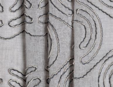 Тюль с объемной вышивкой
