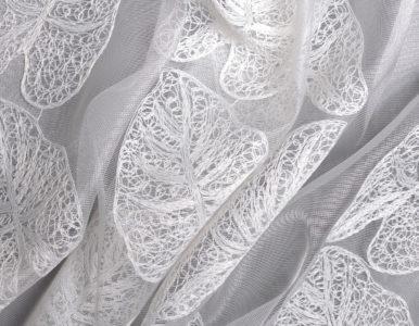 Тюль с вышивкой листья