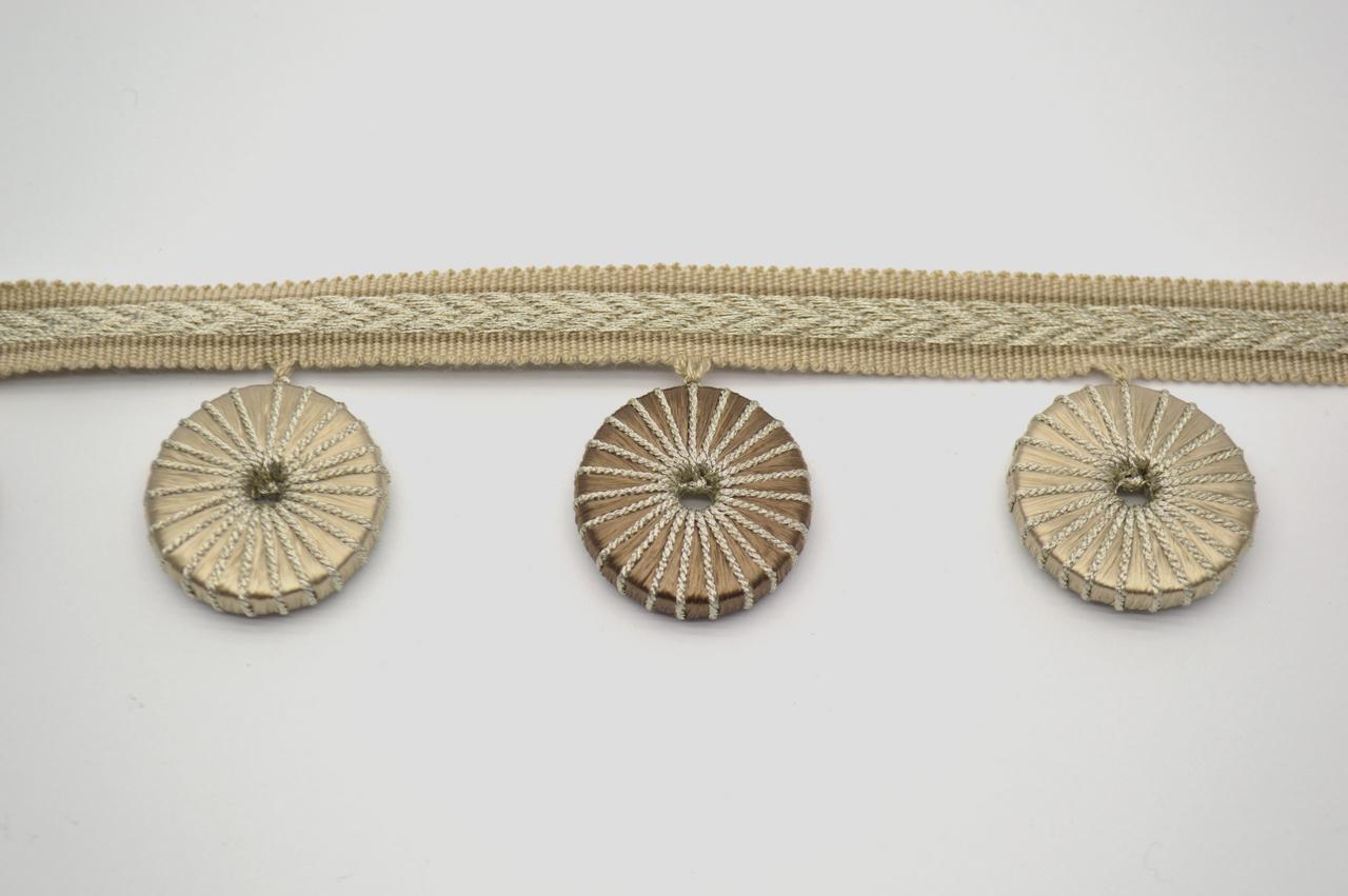 Тесьма декоративная с колечками